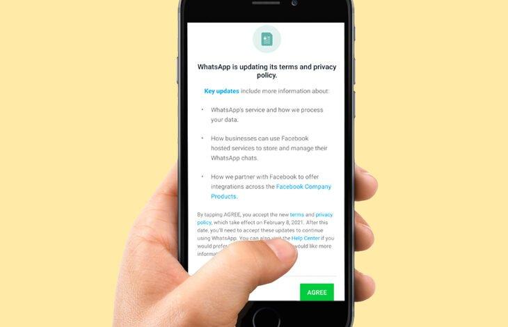WhatsApp sharing data to facebook